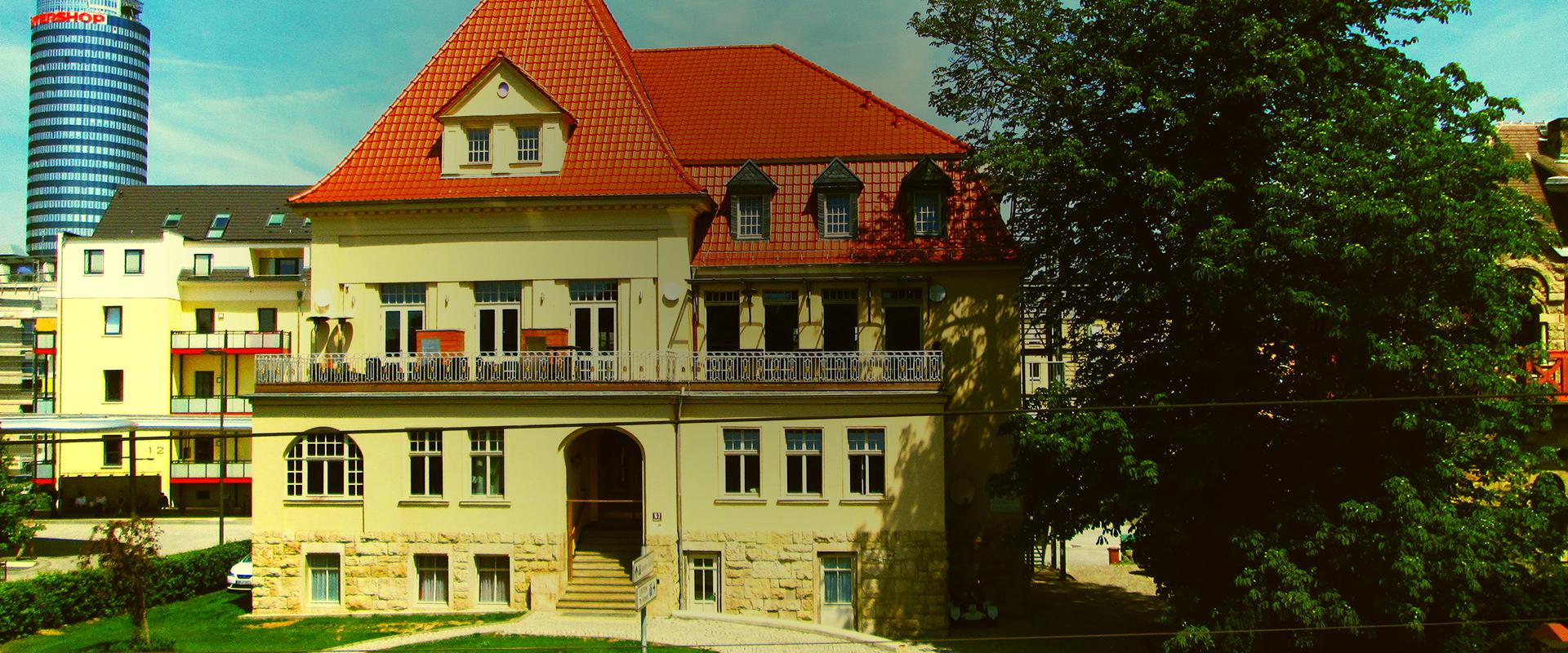 Villa außen slide